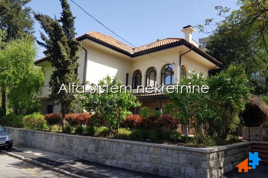 Rent, Kanarevo brdo, House
