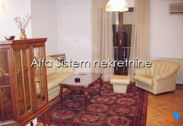 Kuća Zvezdara 550 EUR