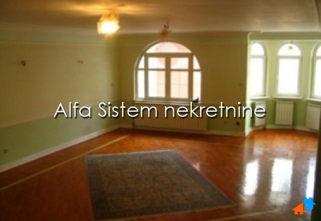 Kuća Dorćol 2300 EUR
