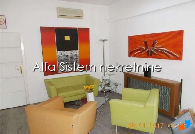 Poslovni prostor Centar Stari grad 2900 EUR